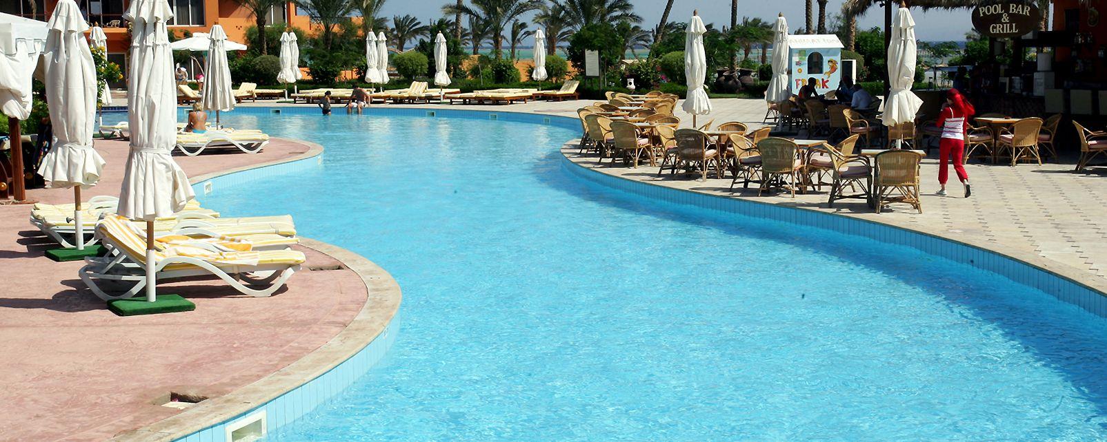 Hotel Amwaj Oyoun Resort