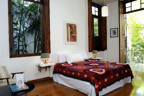 hotel casa amarelo rio de janeiro. Black Bedroom Furniture Sets. Home Design Ideas