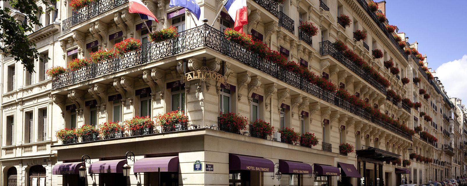 Hotel sofitel paris baltimore tour eiffel parigi francia - Restaurant dernier etage tour eiffel ...