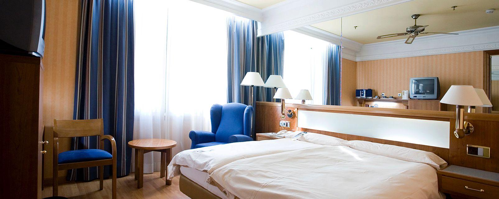 Hotel Senator Gran Via 70