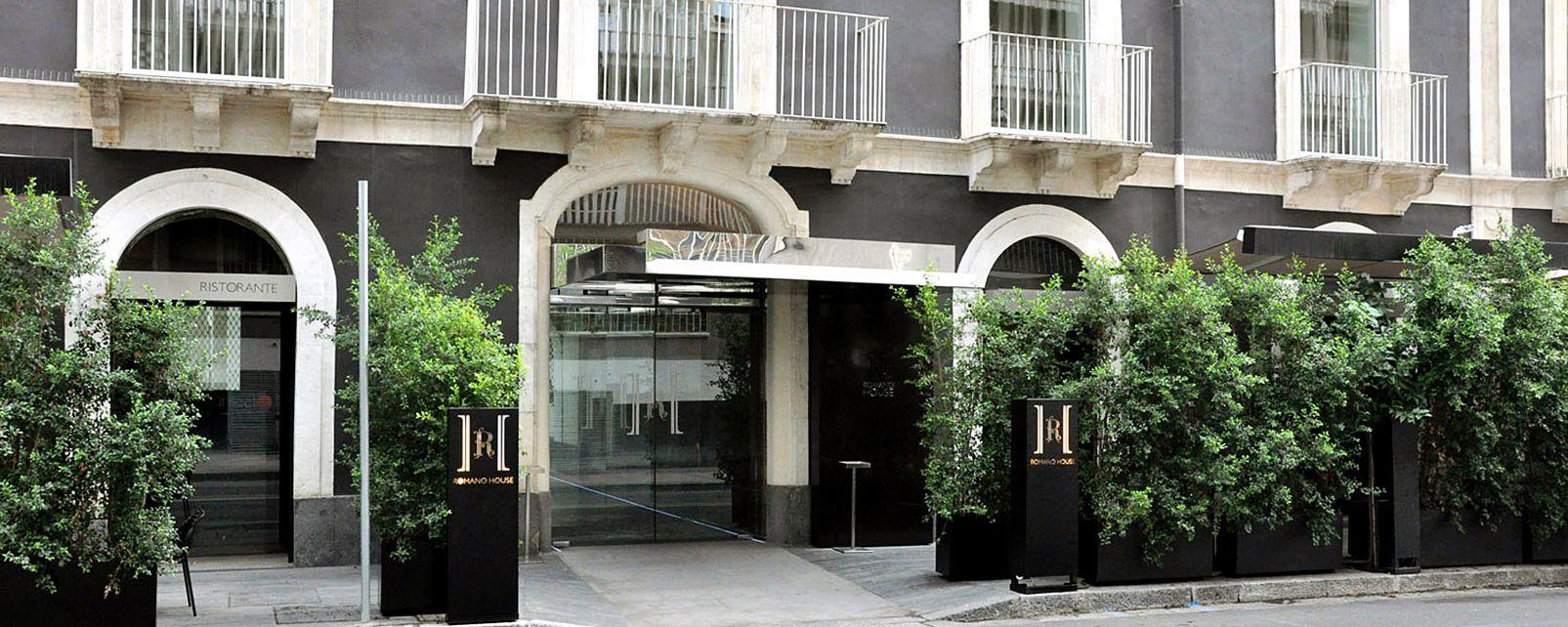 Hôtel Romano house