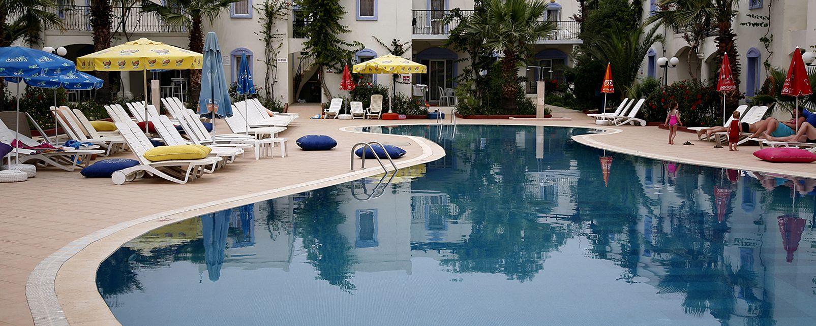 Hotel Club Paloma Apartments