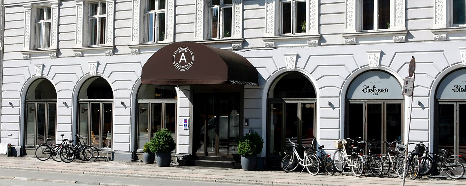 hotel alexandra in copenhagen denmark. Black Bedroom Furniture Sets. Home Design Ideas
