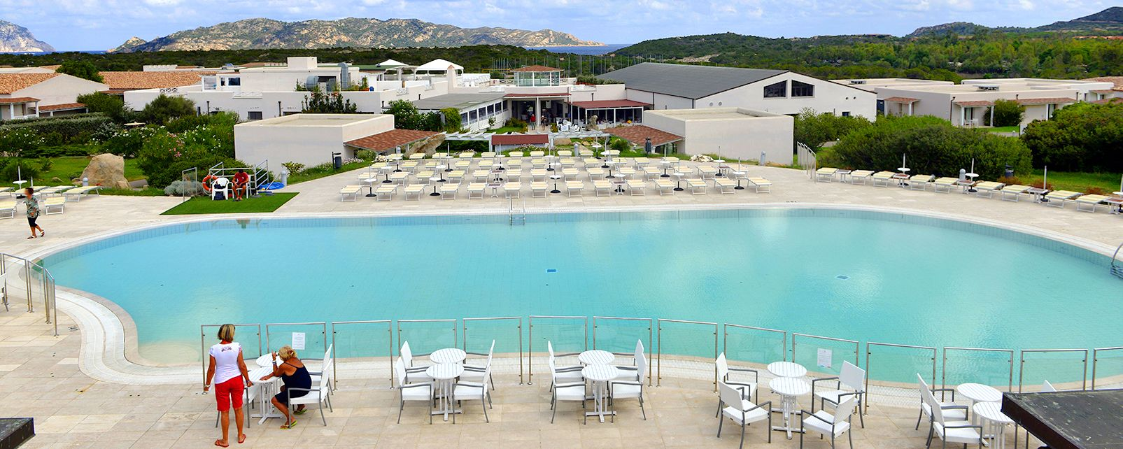 Hotel Grande Baia Resort Sardinien