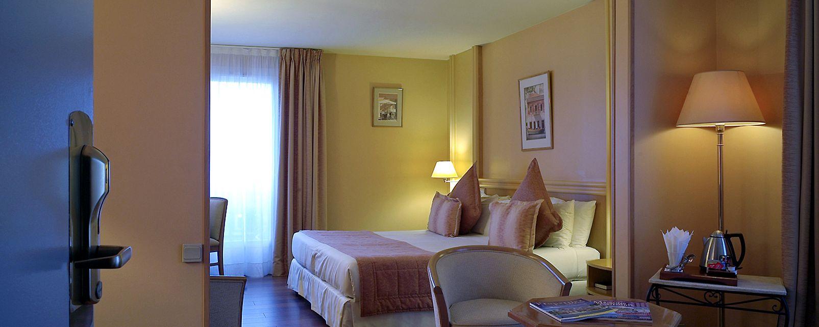 Hôtel Grand Hotel Mercure Croisette Beach Hotel