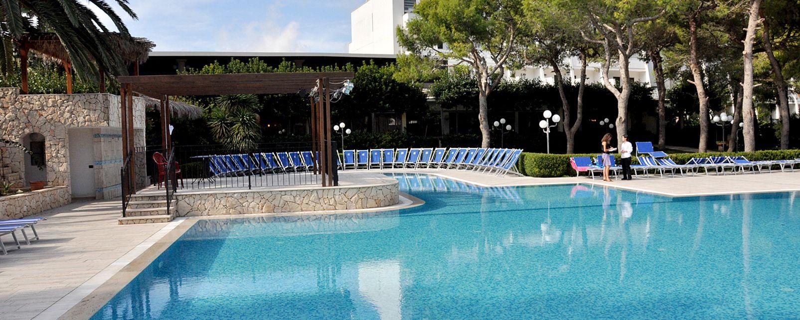 Hotel club astor torre san giovanni ugento italia - Del taglia piscine opinioni ...