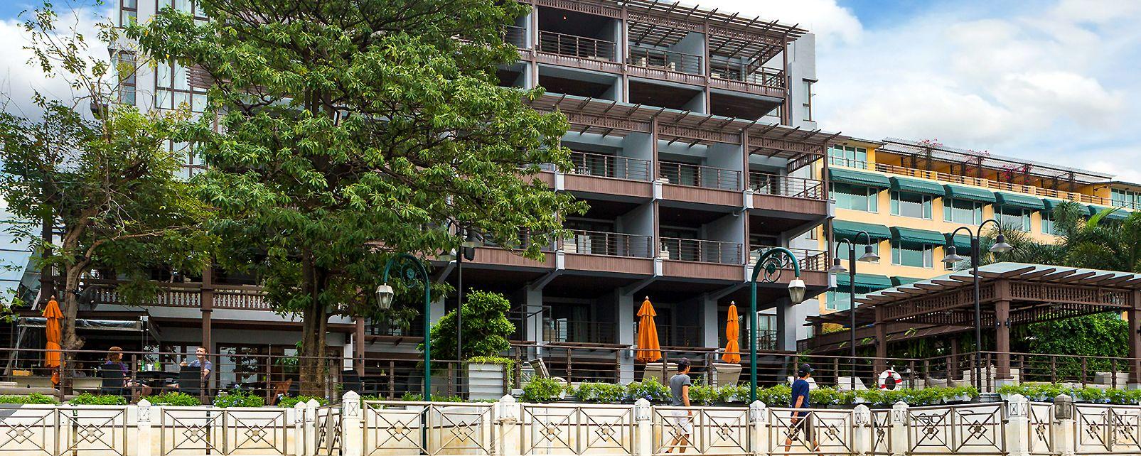 Hotel Riva Surya Bangkok