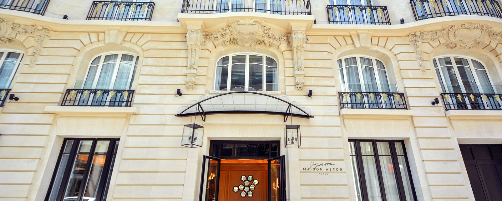 Hotel Maison Astor Paris Curio Collection by Hilton
