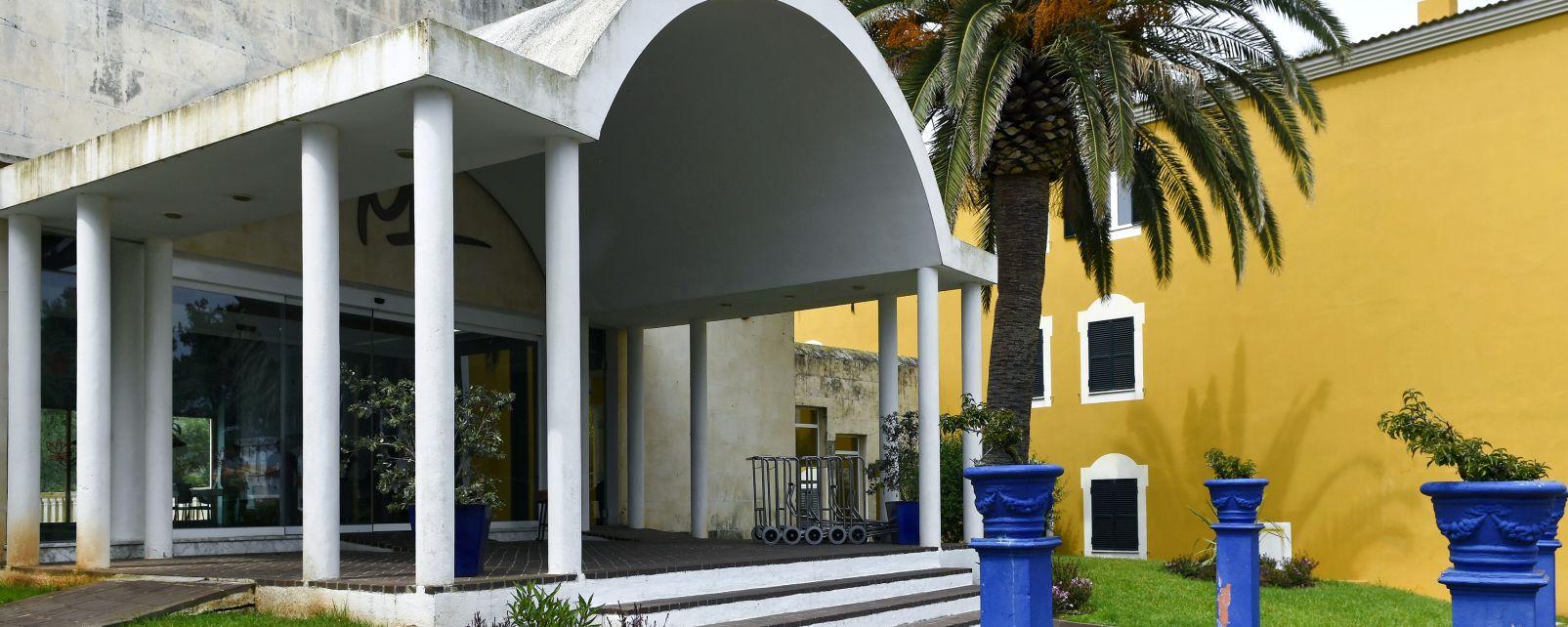 H tel club look a menorca resort - Hotel libourne pas cher ...