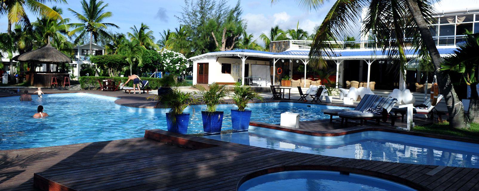 h tel mont choisy coral azur beach resort. Black Bedroom Furniture Sets. Home Design Ideas