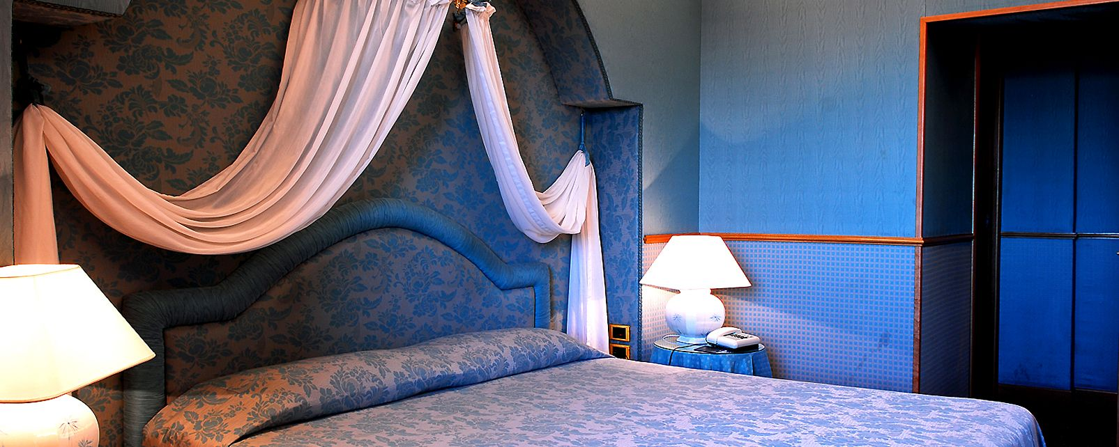 Hotel Marcella Royal