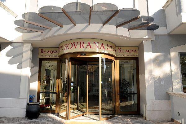 Sovrana Vasca Da Bagno.Hotel Sovrana Rimini