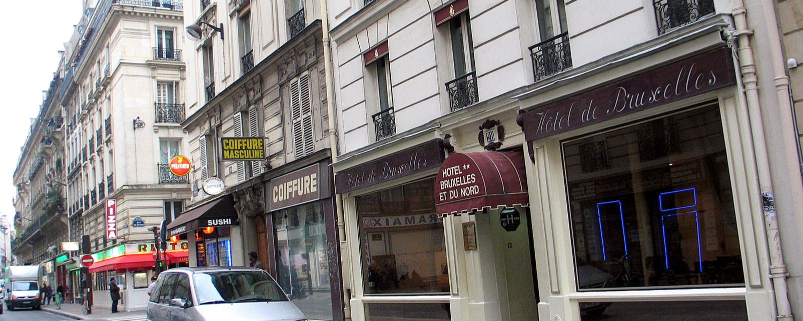 hotel bruxelles et du nord in paris. Black Bedroom Furniture Sets. Home Design Ideas