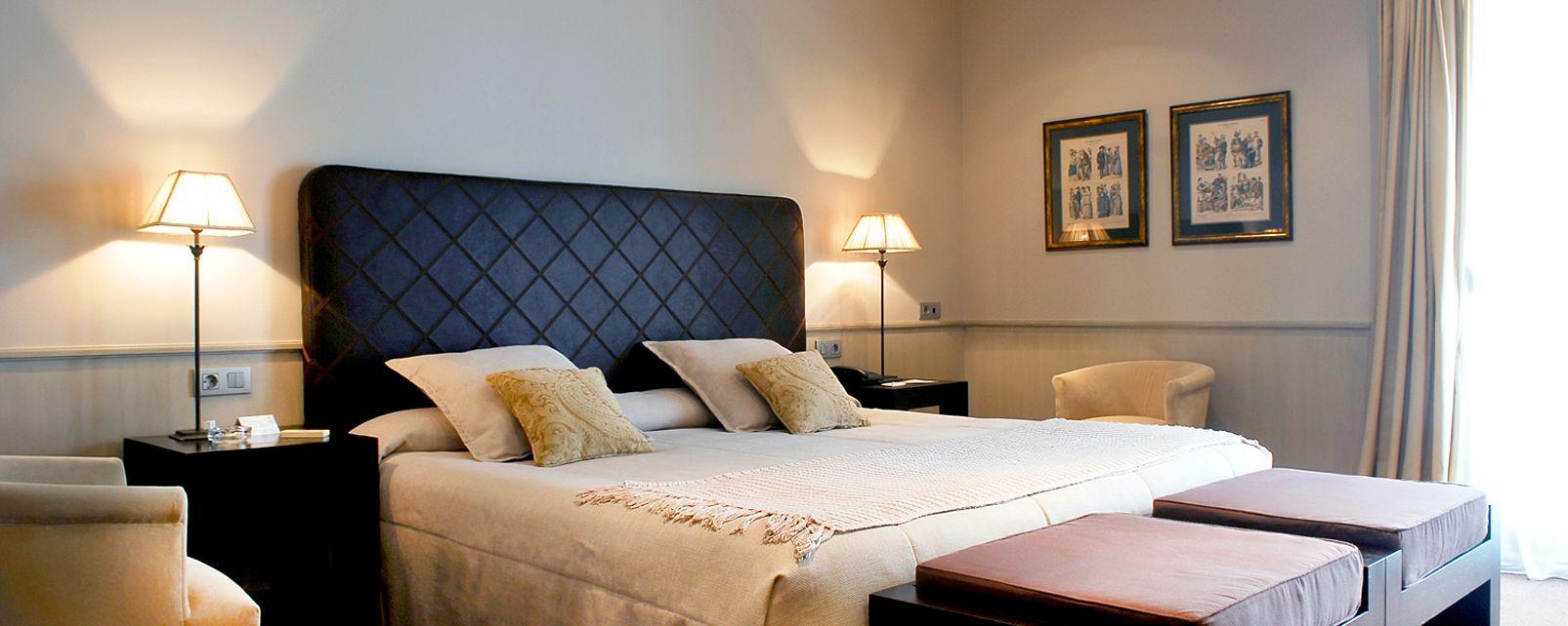Hotel duquesa de cardona in - Hotel duques de cardona ...