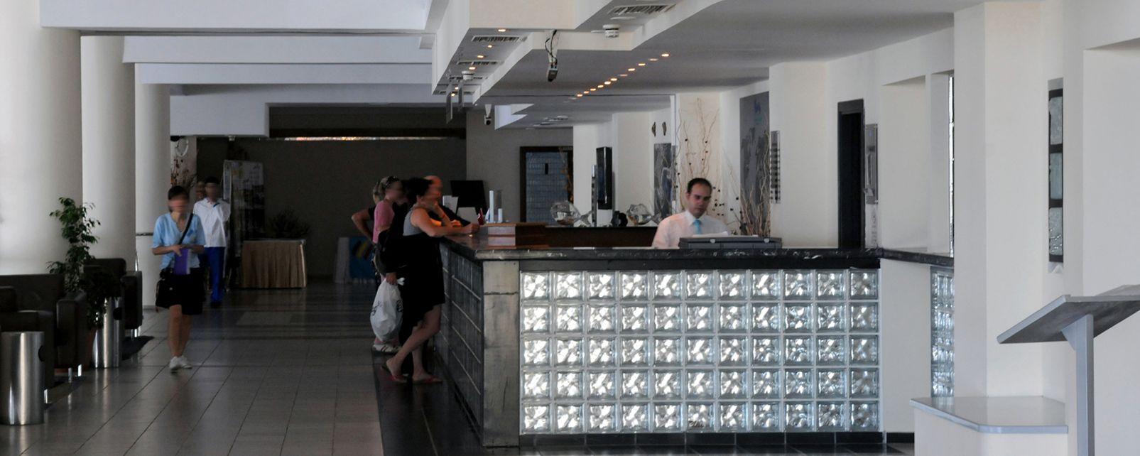 Hotel Pine Bay Club