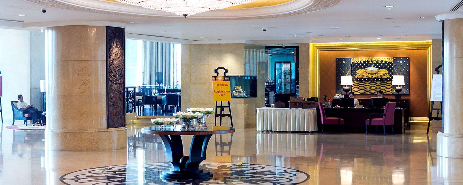 Hotel  Shangri-La Bangkok