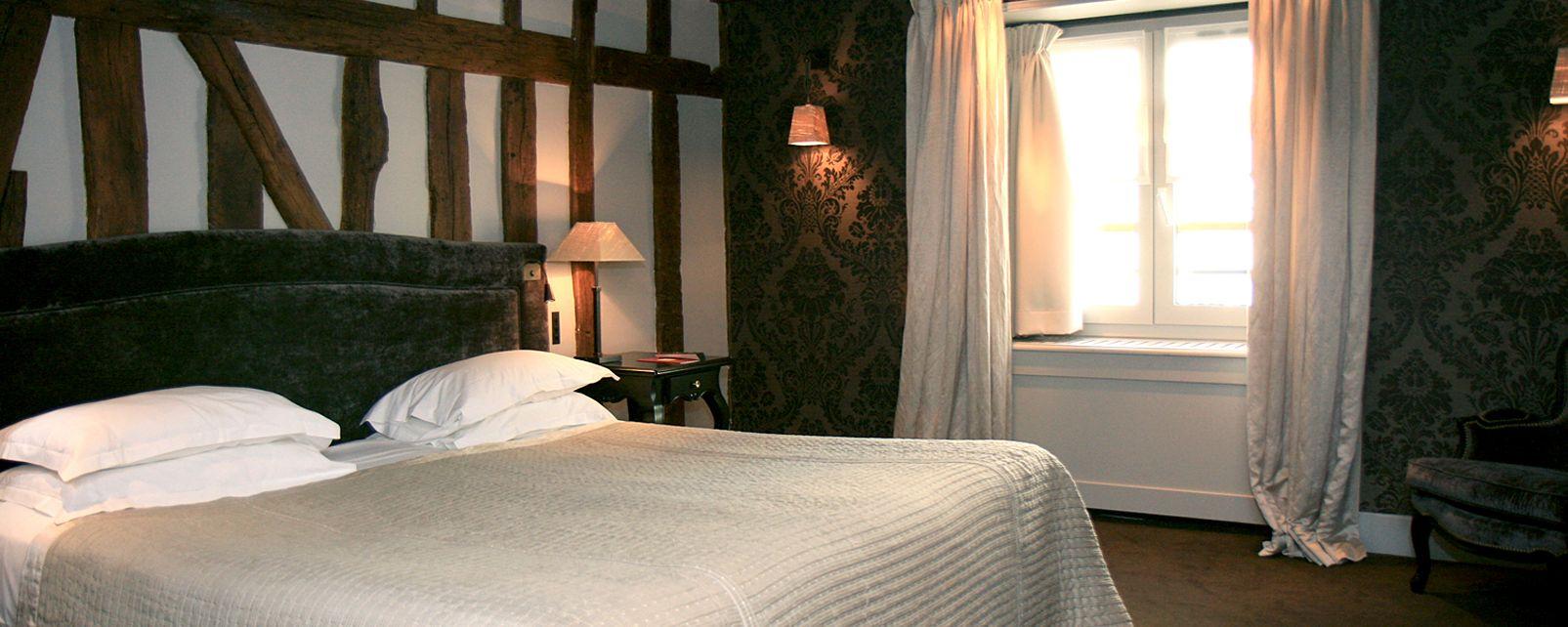 Hotel Pavillon De La Reine Paris