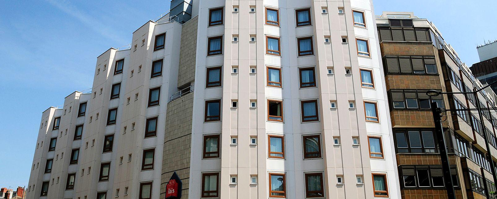 H tel ibis nantes centre tour bretagne nantes france for Hotel france nantes