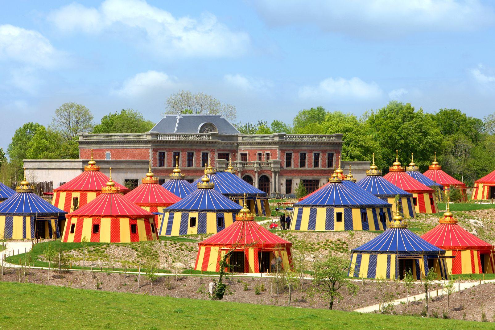 Hôtel Le Camp Du Drap D'Or avec accès au parc Puy du Fou - 1