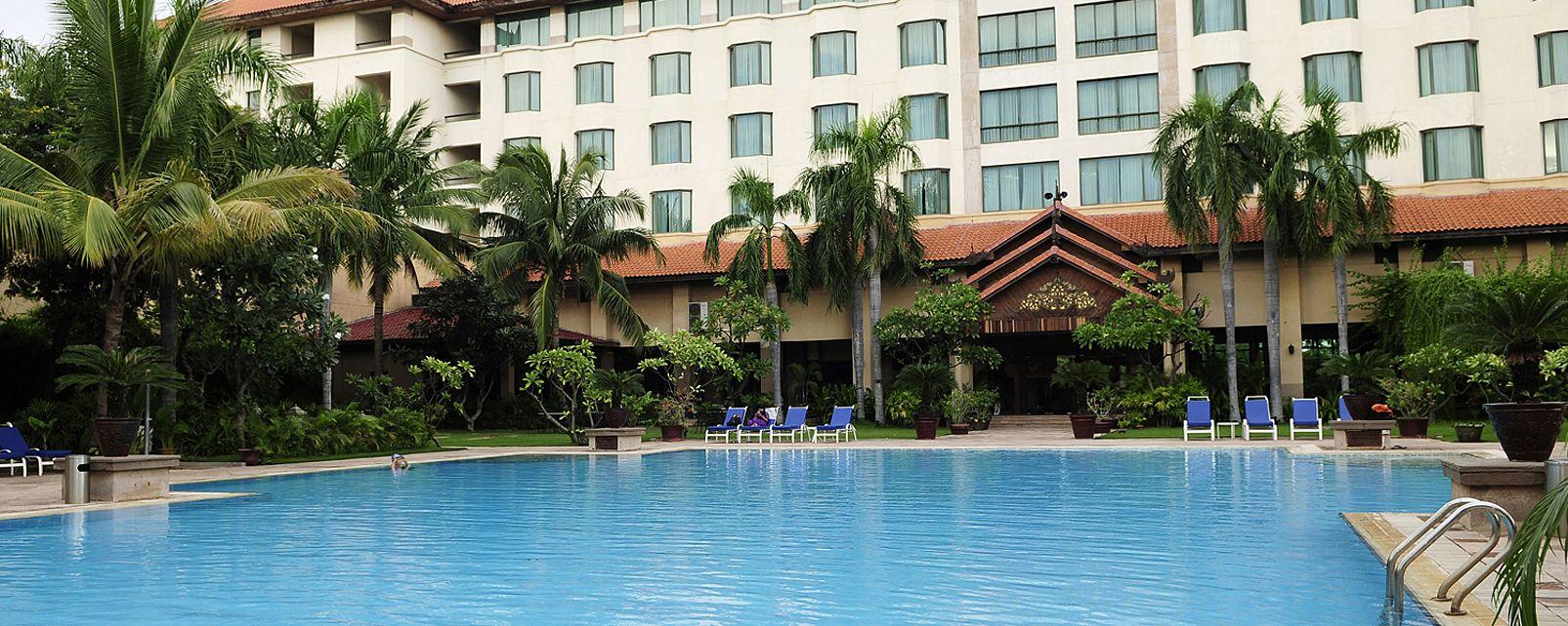 Hotel Sedona Hotel Mandalay