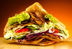 Le sandwich kebab maison