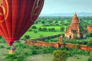 Asie, Birmanie, Myanmar, Bagan, temple, montgolfière, arbre,