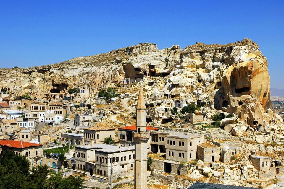 Asie, Europe, Moyen-Orient, Turquie, Cappodoce, Urgup, village, maison, montagne, rocher, mosquée, arbre, pierre,
