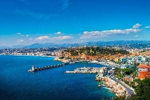 Europe, France, Côte d'Azur, Nice, port, mer, bateau, ville, immeuble, route, arbre,