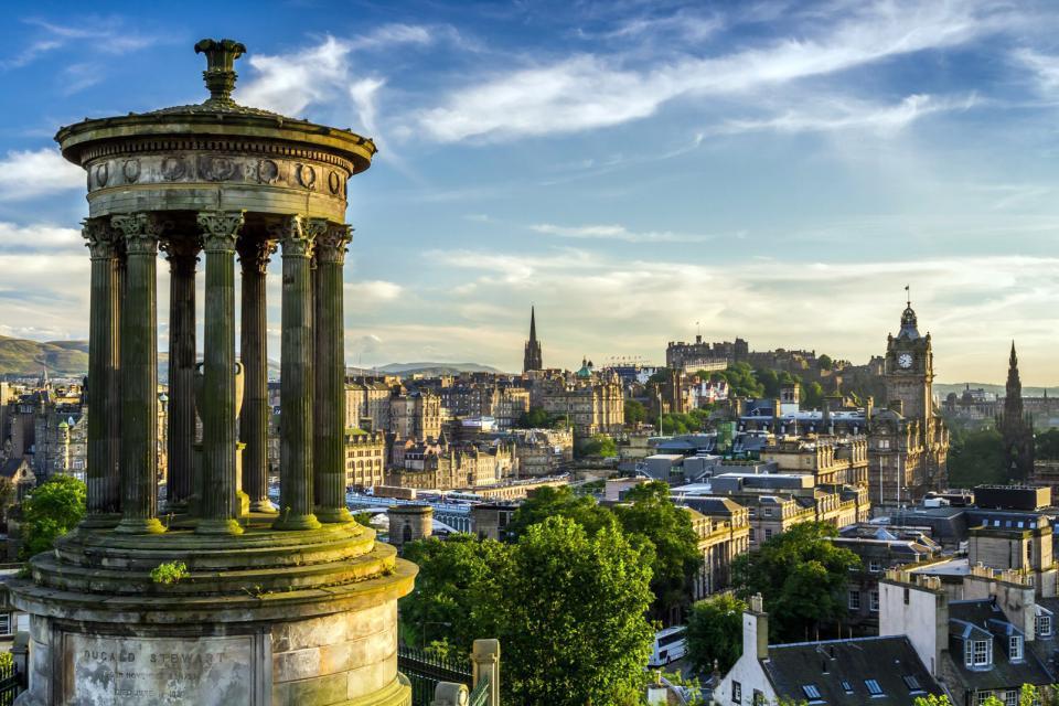 Europe, Royaume-Uni, Ecosse, Edimbourg, ville, immeuble, arbre, architecture,