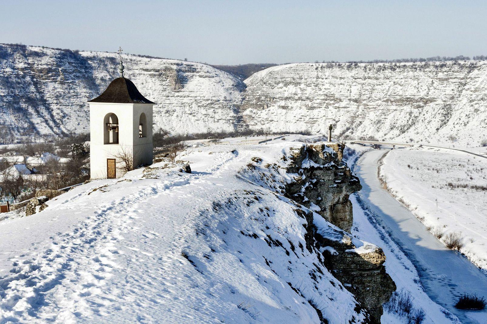 Moldavie, Vue sur un monastère, Orhei Vechi