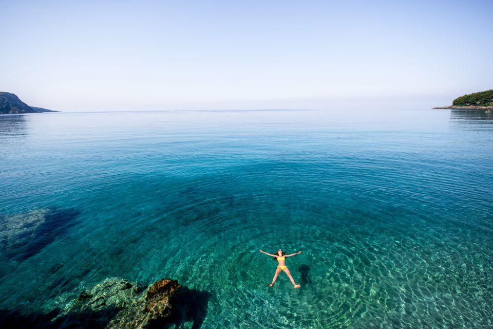 France, Europe, PACA, provence, alpes, cote d'azur, côte d'azur, été, baignade, nageuse, vacances, détente, manosque, salernes, toulourenc