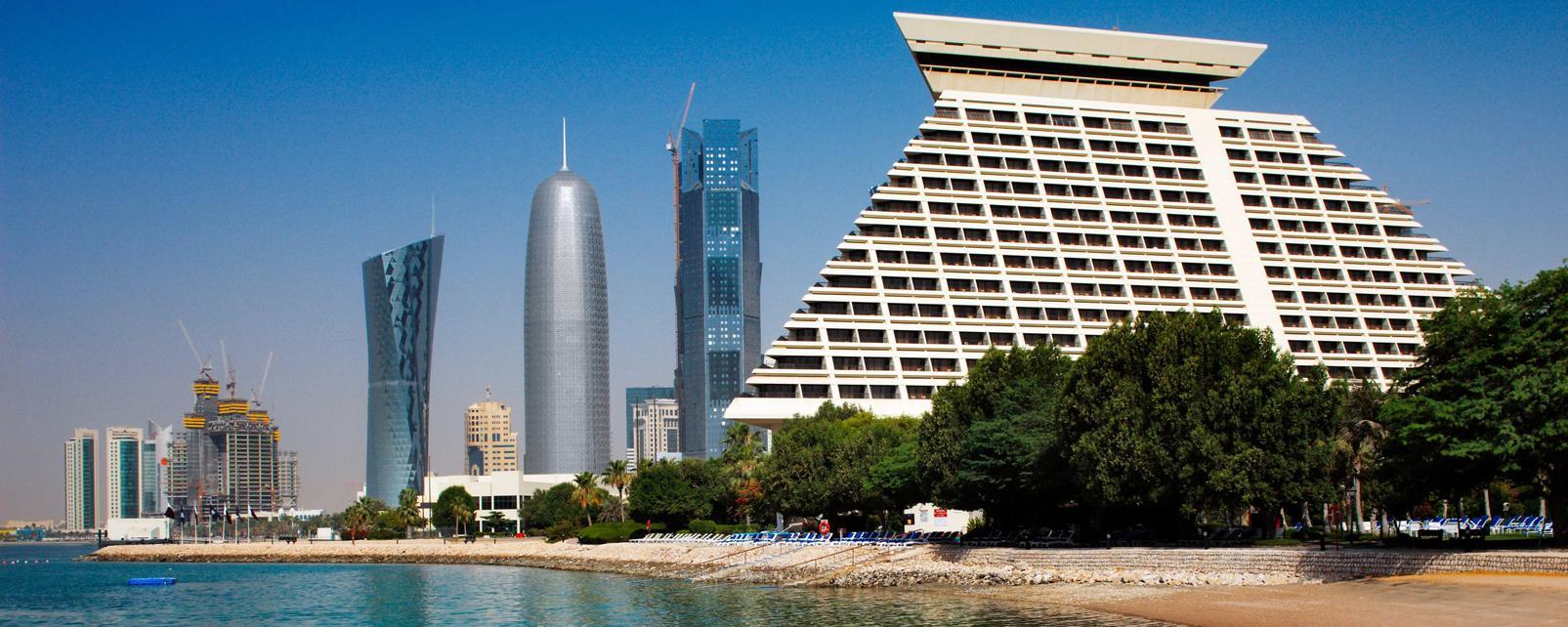 Moyen-Orient, Qatar, Doha, plage, ville, baignade, gratte-ciel, arbre,