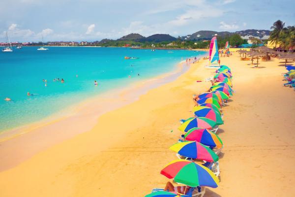 Caraïbes, Sainte-Lucie, plage, baignade, transat, détente,