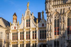 Europe, Belgique, bâtiment, architecture, immeuble, statue,