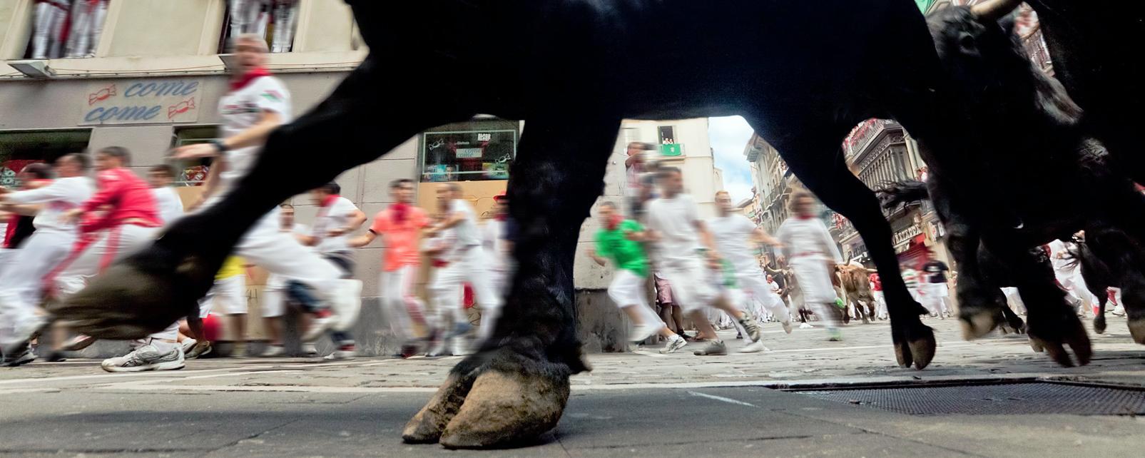 Europe, Espagne, Navarre, Pampelune, San Fermin, taureau, course, rue, gens, ville,