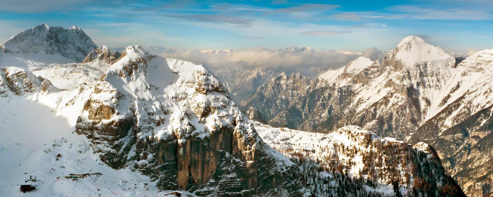 Europe, Italie, Frioul-Vénétie Julienne, montagne, Bilapec, Canin, Montasio, Sella Nevea, Friuli, neige, ski, skieur,