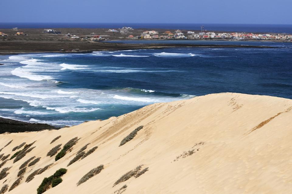 Afrique, Cap-Vert, plage, dune, sable, ville, mer, maison,