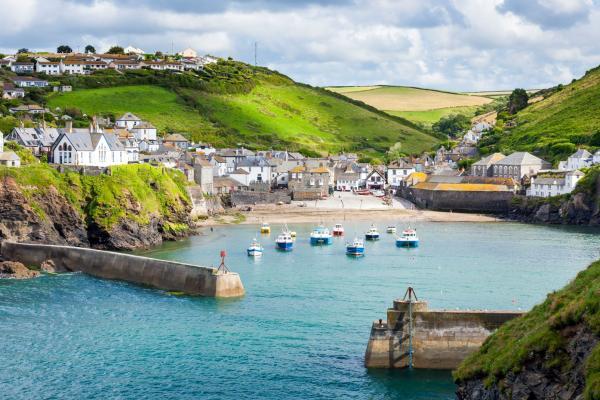 Europe, Royaume-Uni, Angleterre, Cornouailles, Port, Isaac, village, pêcheurs, maison, montagne, bateau, mer,