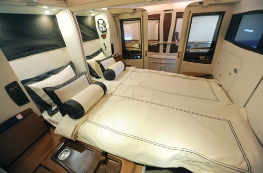 Le suite superiori alla prima classe a bordo dell 39 a380 for Interieur d un avion air france