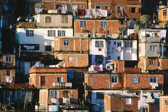 Du quartier de Bara aux favelas