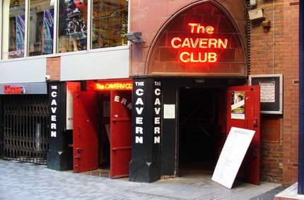 La Caverna: el club de la consagración
