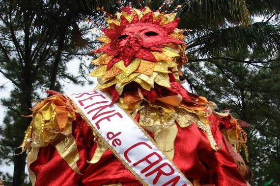 La reina del Carnaval a la luz del día