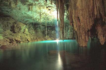 Cenotes, el fenómeno sagrado