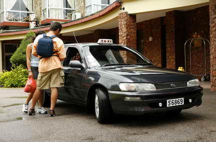 Taxis, mini-mokes, jeeps : les voitures aussi ont leur place