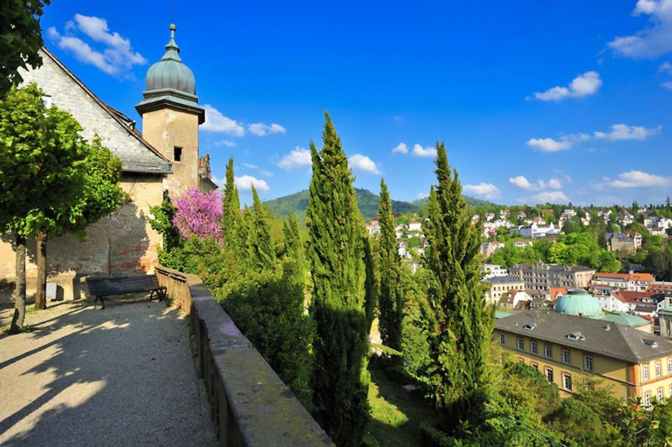 The restaurant terrace boasts a beautiful panoramic view of this spa town.