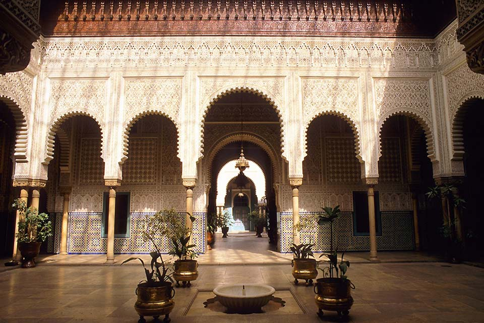 The Hassan II mosque is one of the most beautiful religious buildings in the world.