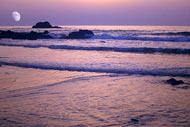 La sera potrete ammirare un magnifico tramonto sulla lunga spiaggia di Agadir.