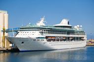 Il porto di Agadir accoglie tutto l'anno le navi da crociera.