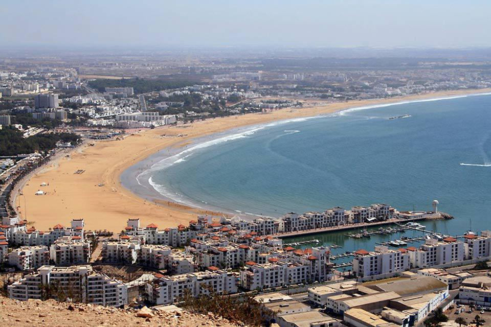 Visitors enjoy Agadir's warm climate all year round, not to mention the long sandy beaches!