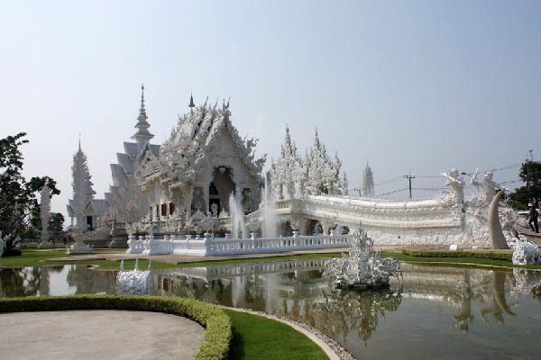 This temple, also known as the 'White Temple', stands some 8 miles south of Chiang Rai.